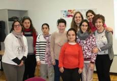 La escritora Ana María Chiquito comparte experiencias con el Club de Lectura Fácil que CECAP desarrolla en la Biblioteca de Castilla-La Mancha