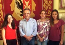 El Ayuntamiento de Los Yébenes y el Grupo CECAP buscan vías para mejorar el acceso al mercado de trabajo de las personas con especificidad