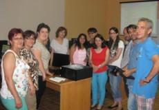 Tres participantes de CECAP Los Yébenes inician un curso de Informática Básica en la sede de FECMES en Sonseca